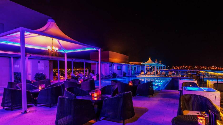 AX The Palace - Lounge 360